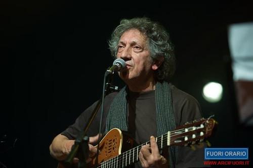 10/01/2015 Eugenio Bennato al Fuori Orario