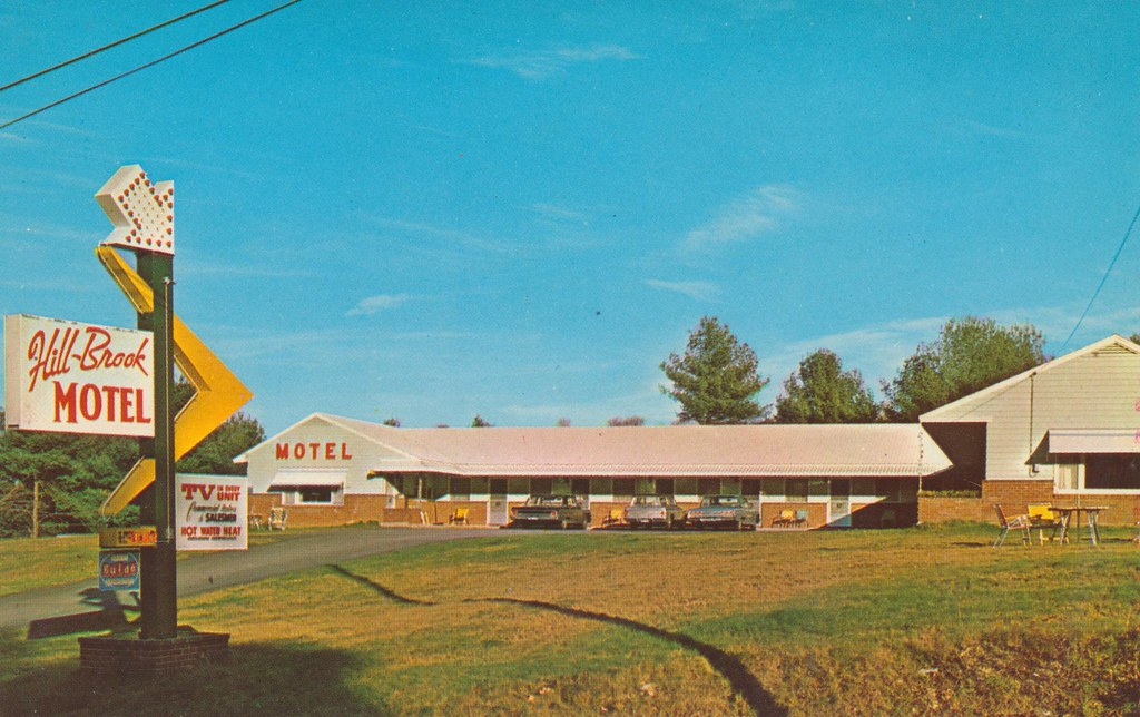 Hill Brook Motel - Bedford, New Hampshire