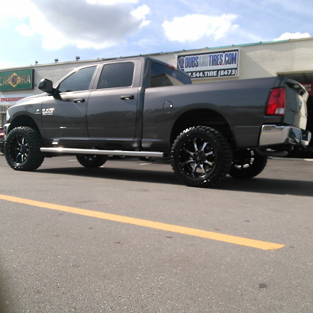 "Lifted Dodge Ram 2500 >> DUBSandTIRES.com let's get lifted, 20"" Inch Moto Metal MO9… 