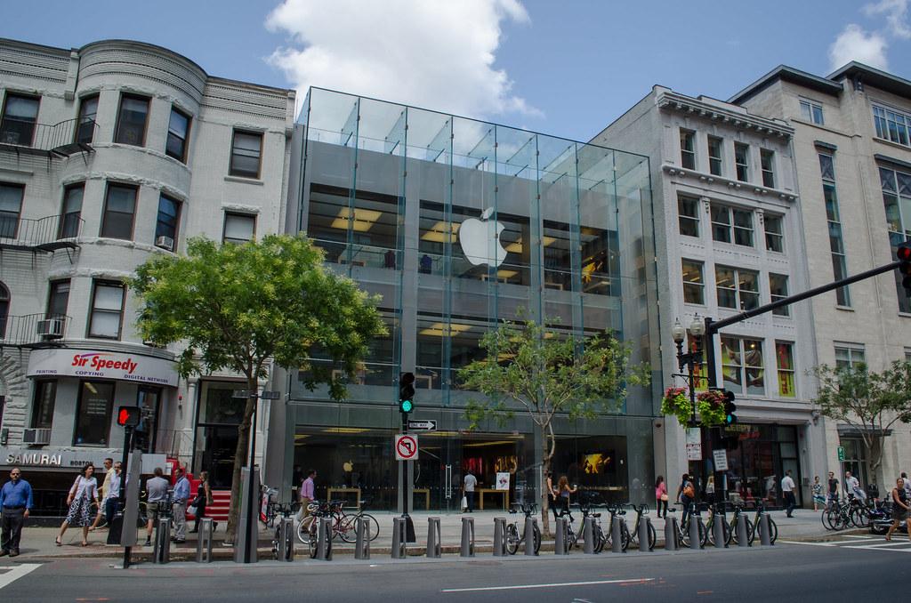 Opening times of Apple Boylston Street in 815 Boylston ...