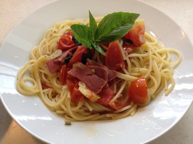 Pasta of tomato and basilico