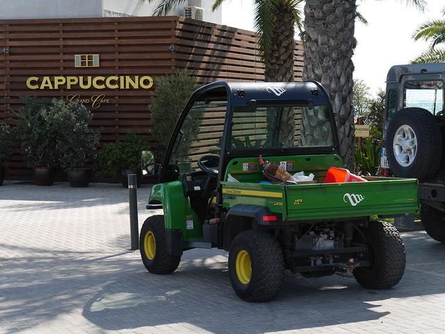 John Deere HPX 4X4 Gator @ Capuccino Marina Ibiza