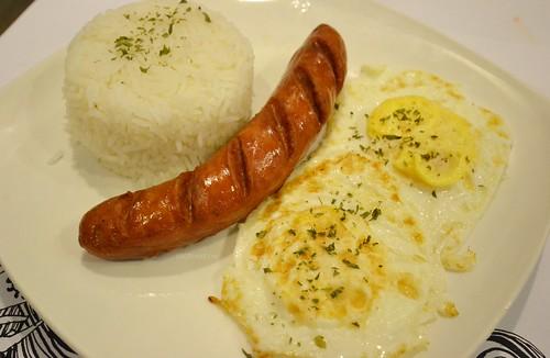 pillows hotel cebu breakfast