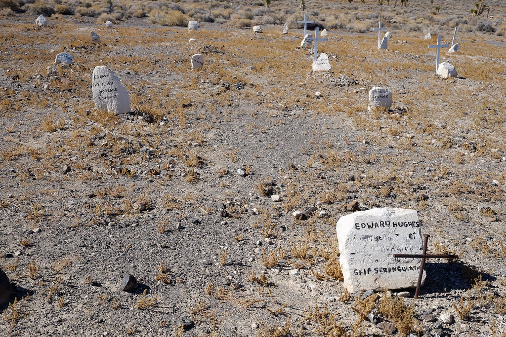Self Strangulation, Goldfield Cemetery