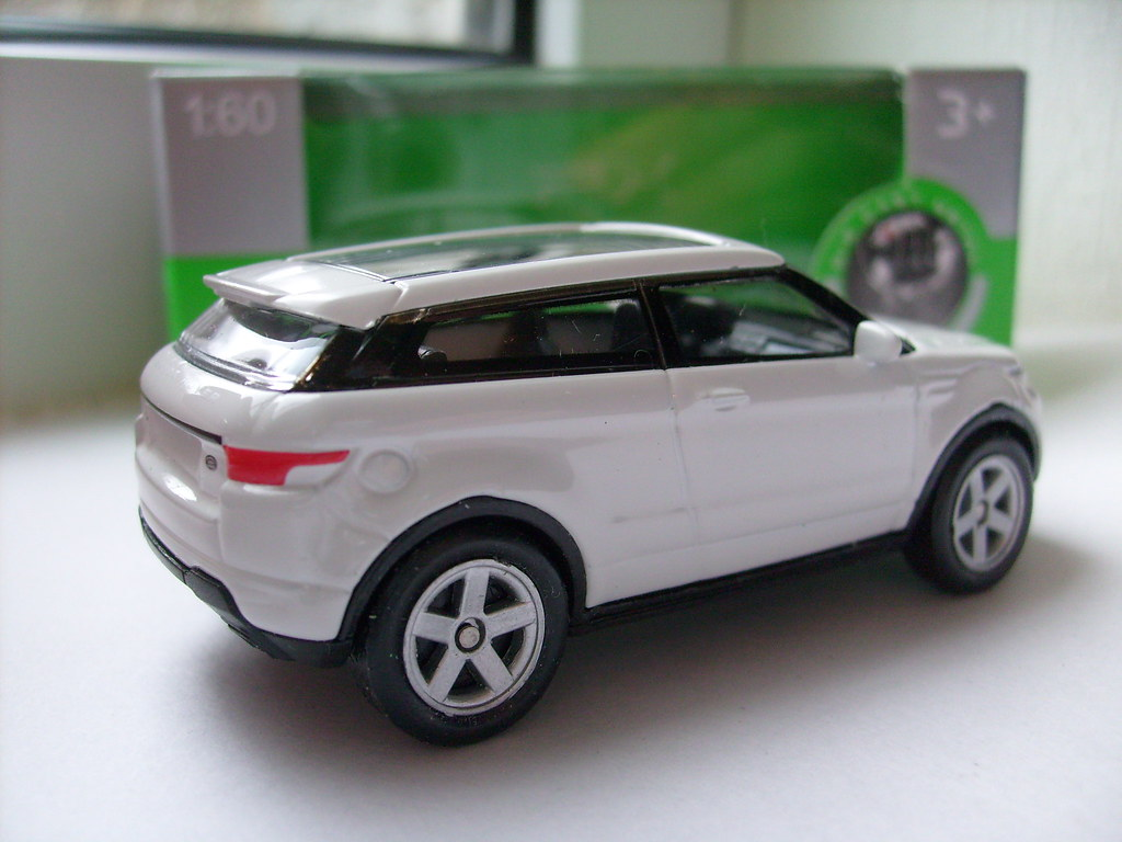 Welly Range Rover Evoque No2 1 64 Yes Of Course I Bought