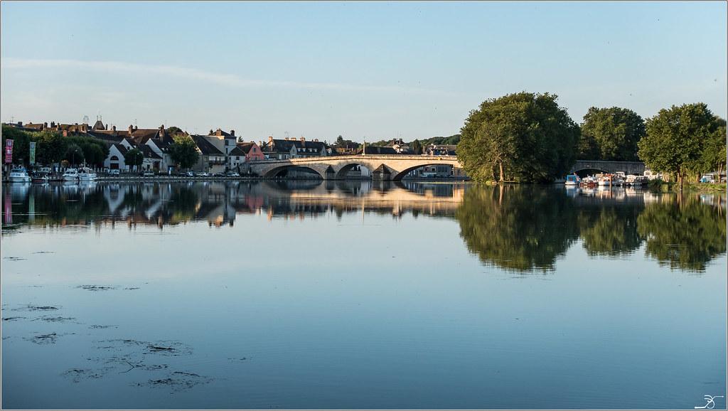 Balade à Villeneuve sur Yonne 28904551886_bf92ab58d2_b