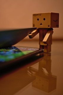 Danbo want to use my smart phone | by Takashi(aes256)