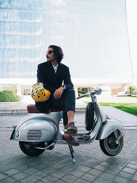 _malul_of_the_month_bilbo_garcia_conde_cdp_arquitectos_architecture_men_style_vespa_building_madrid_