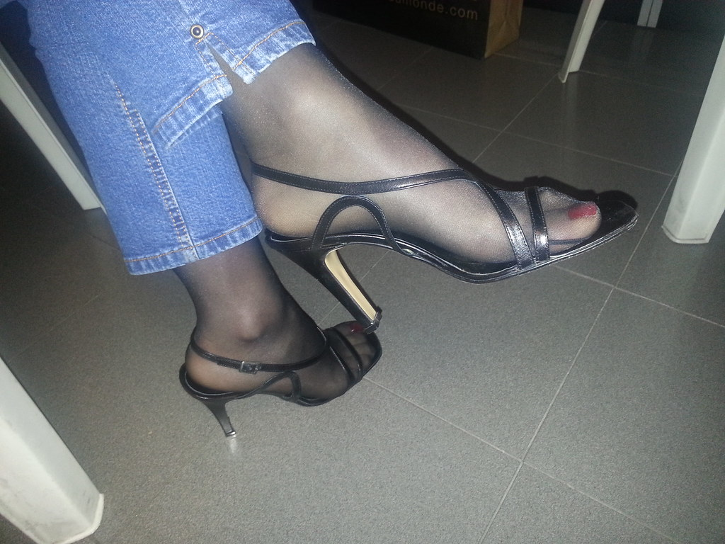 And flip flops fetish pantyhose