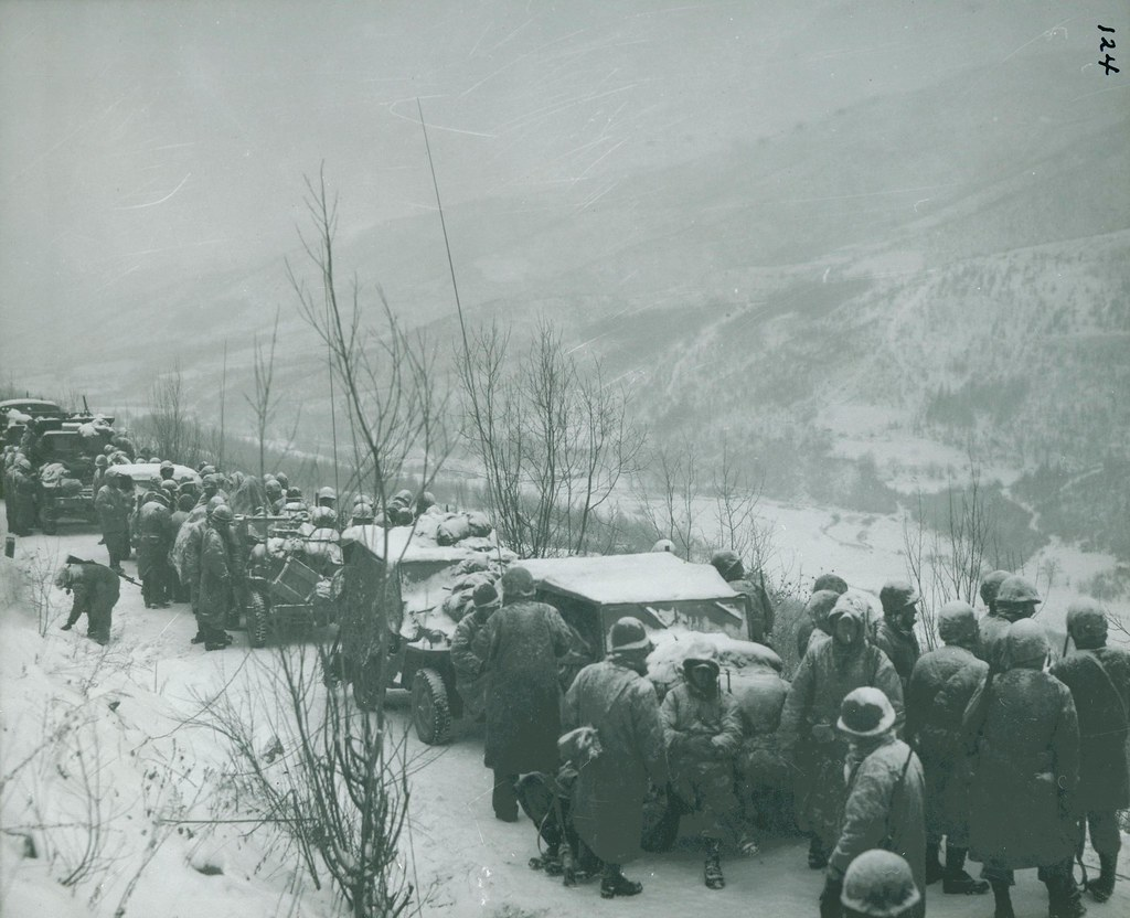"Marines Between Yudam-ni and Hagaru-ri, 1950 | ""Marines ..."