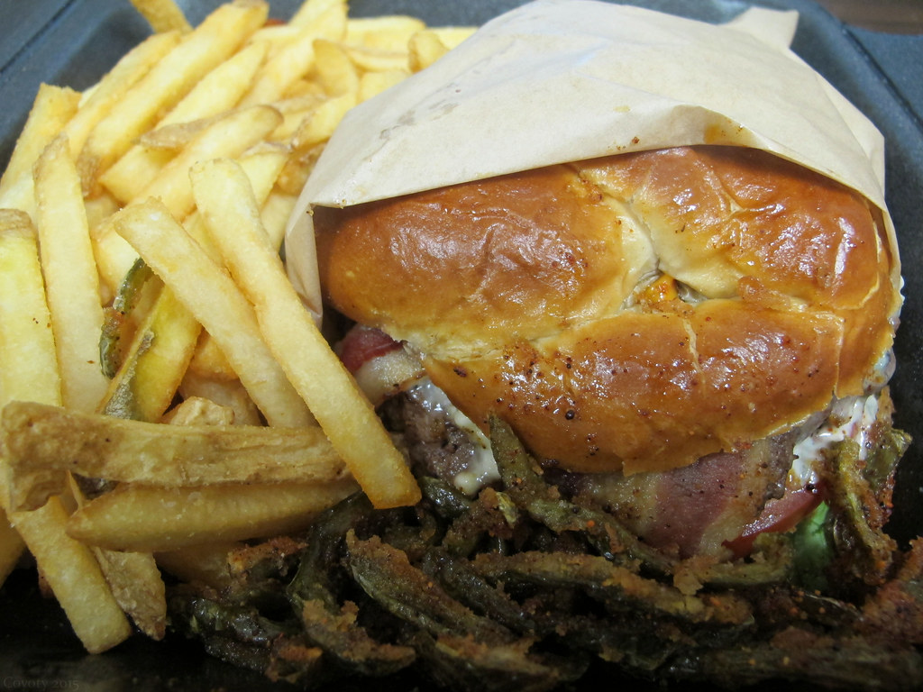 Ruby Tuesday Black And Blue Bacon Pretzel Burger With