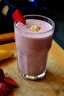 Strawberry Banana Oat Smoothie | by ashmita_s