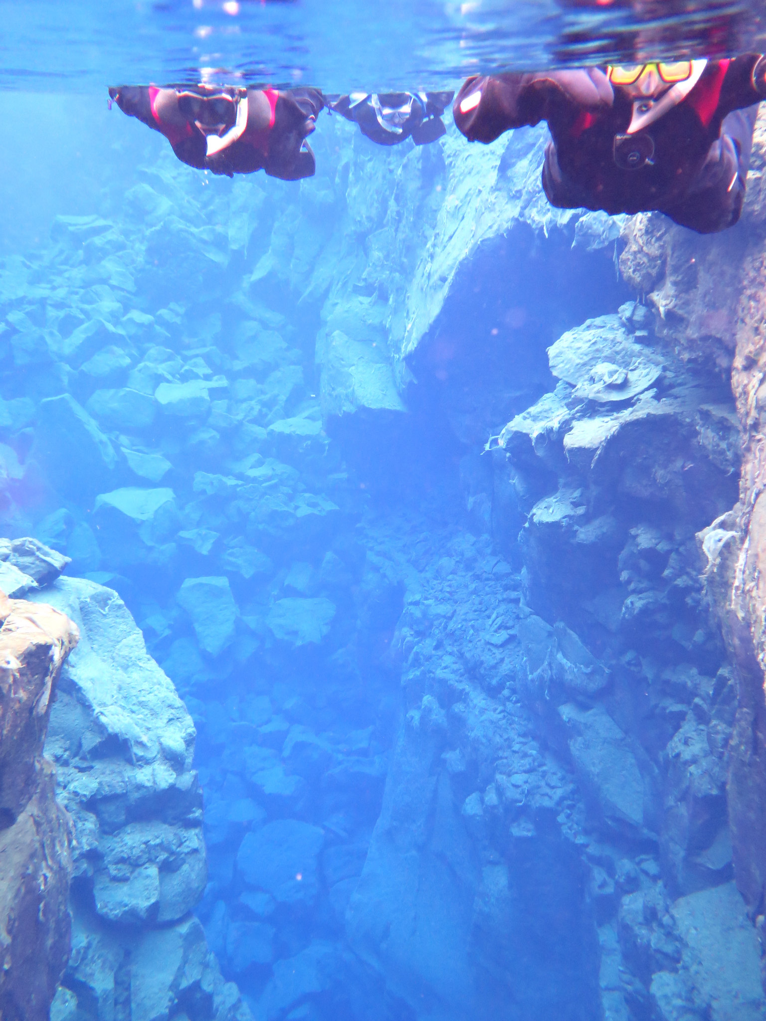 PhoeTravels Snorkelling at Thingvellir