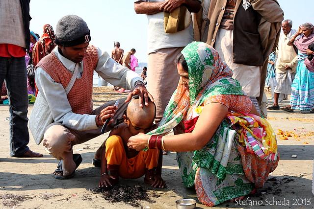 Cūḍākaraṇa haircut at Kumbh Mela - Allahabad, India