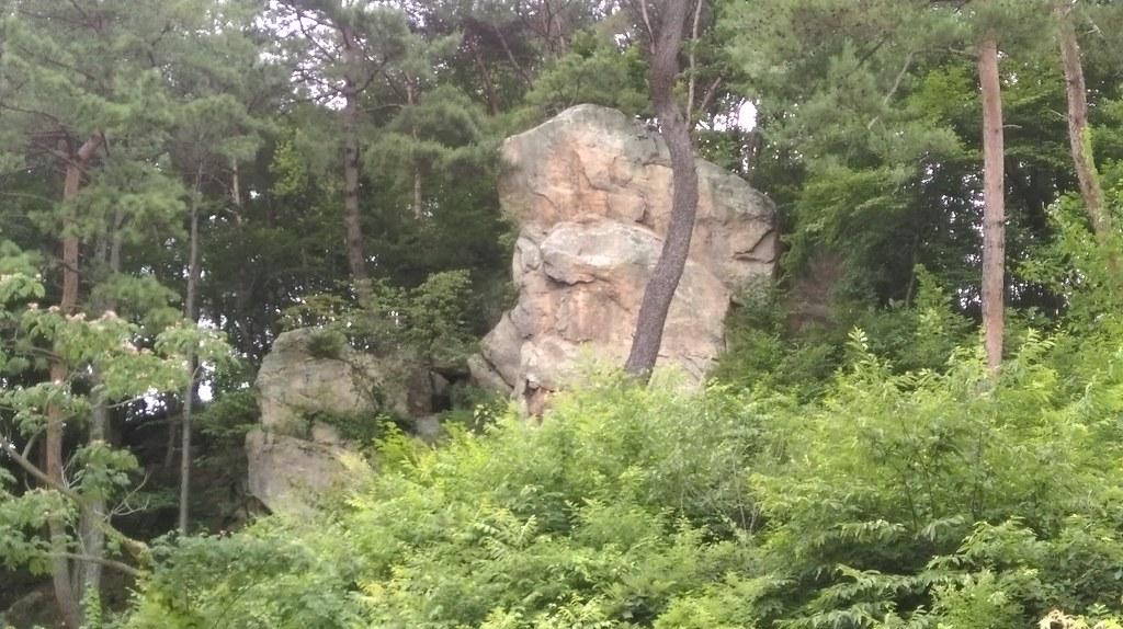 攝理教會自然聖殿石頭