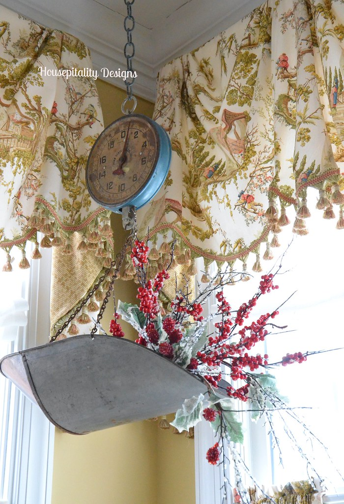 Housepitality Designs: Vintage Hanging Scale-Housepitality Designs