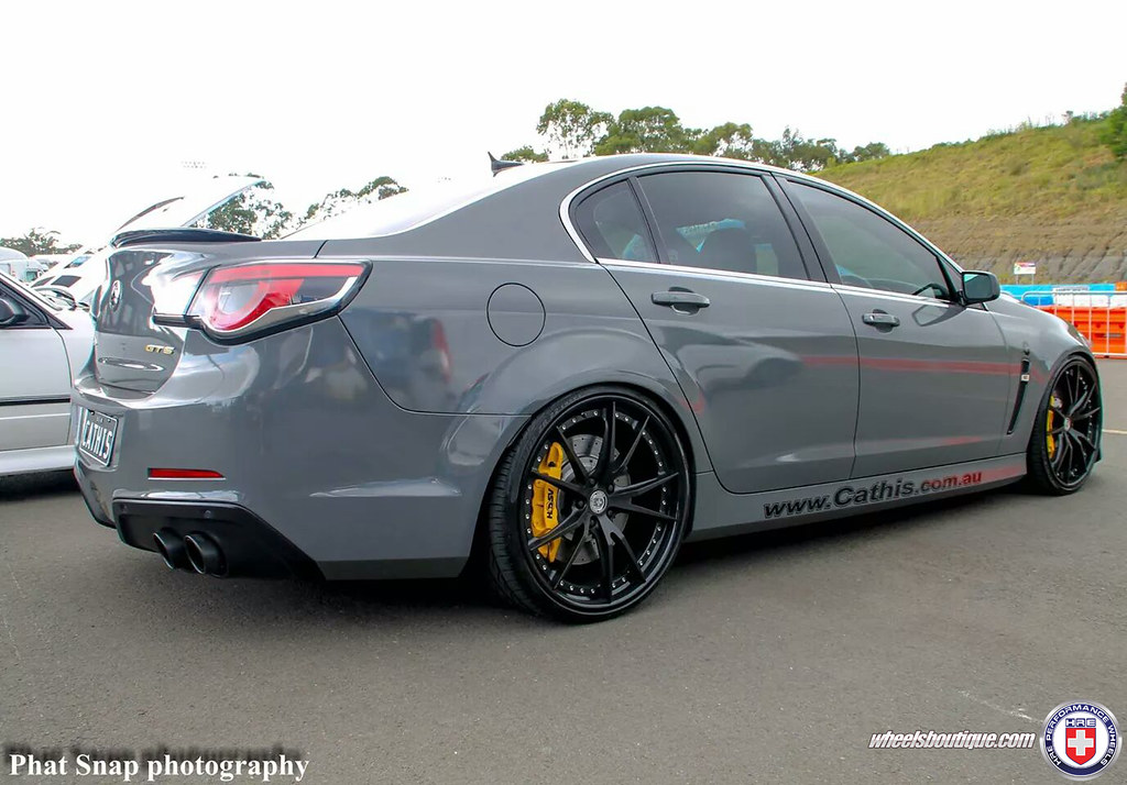 hsv gts genf on hre s104 cathis racing australia flickr
