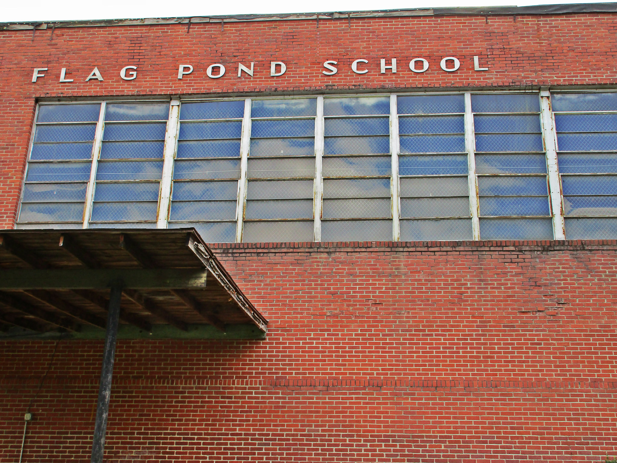 Former Flag Pond Elementary School