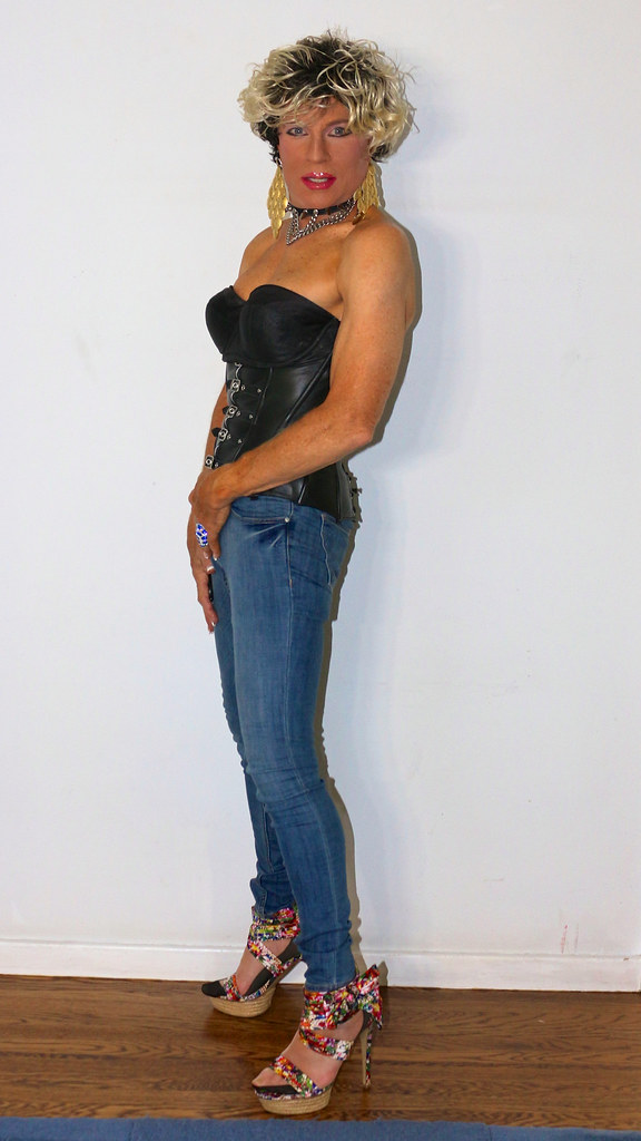 Cortney Short Black Hair With Blonde Highlights Corset