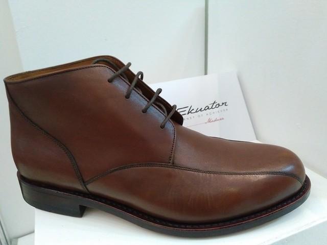 Sepatu Ekuator produksi Indonesia