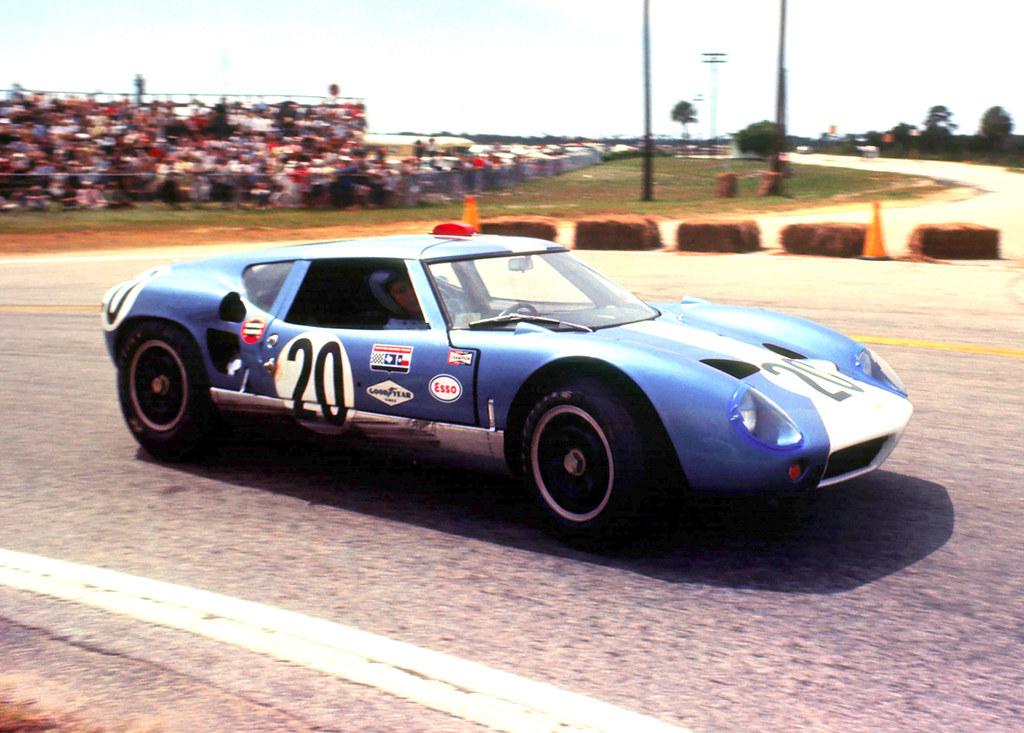 Lola Mk.6 GT at Sebring 1964 | The Mecom Racing Lola Mk.6 GT… | Flickr