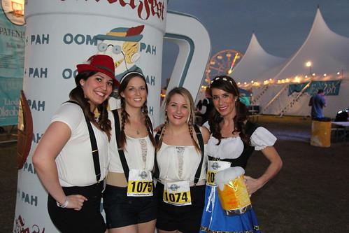 Dirndl Runners