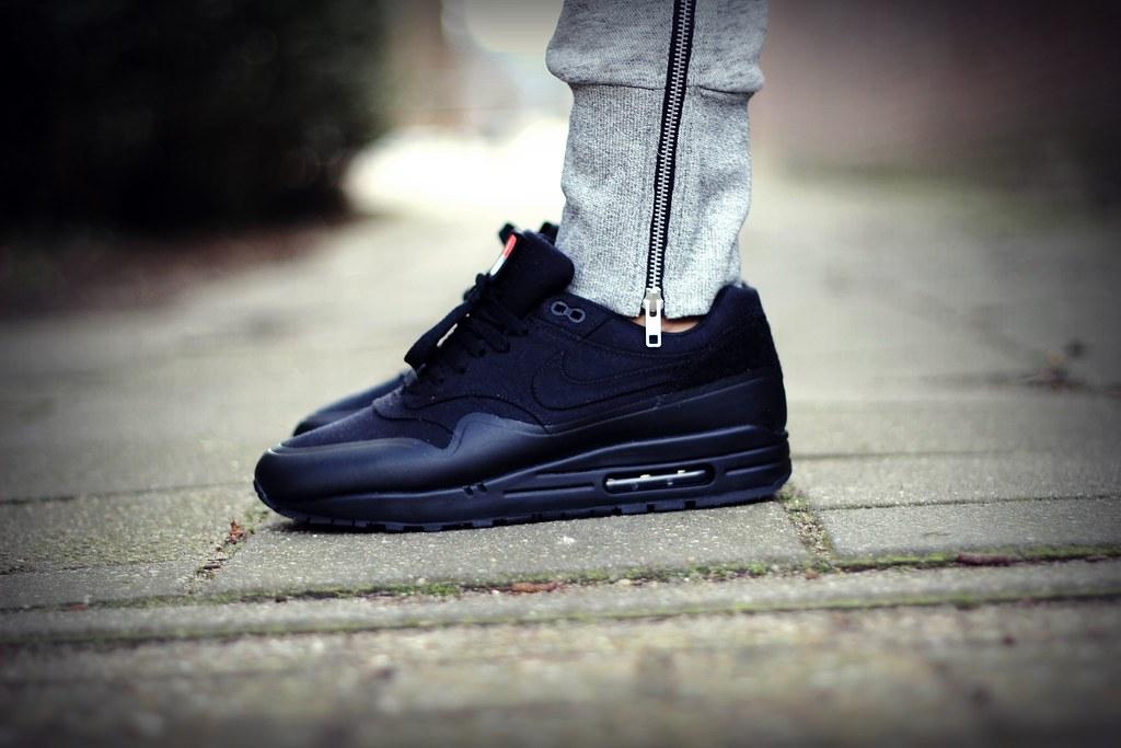 separation shoes 1df5c 23f68 ... Nike Air Max 1 V SP