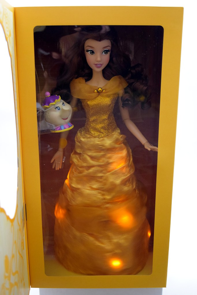 2016 Singing Belle 16 Inch Doll Us Disney Store Purchase