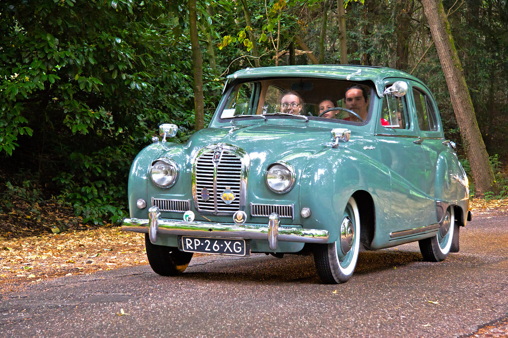 Austin A40 Somerset Saloon 1952 3383 Manufacturer