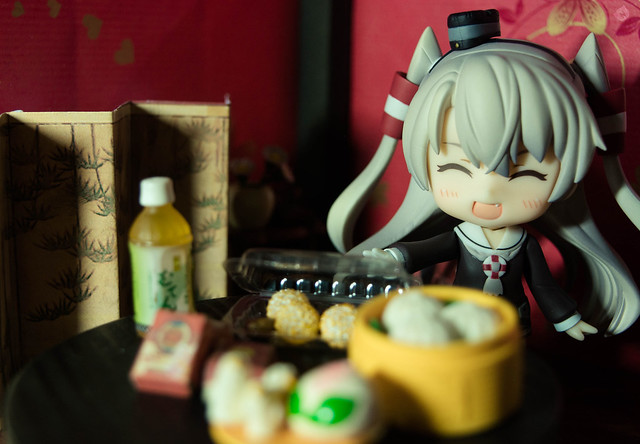 Amatsukaze: Such a meanie! I prepared this for you!! I put so much effort so I wouldn't destroy them..