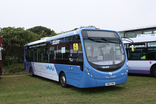 First Hampshire & Dorset 63298 SN65OKW