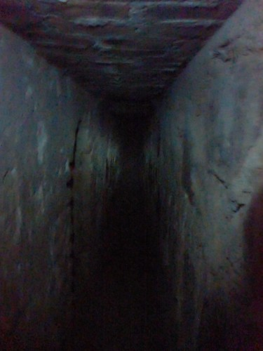 A dim tunnel, leading somwhere...