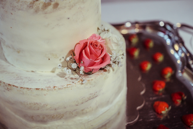 ennin_kengissa_naked_cake