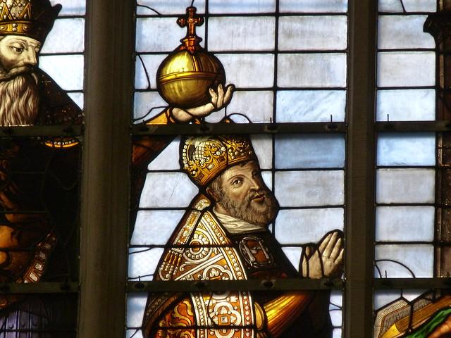 Carlos V en una vidriera de la Catedral de Bruselas