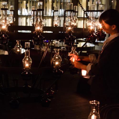 Lighting a chandelier / シャンデリア点灯