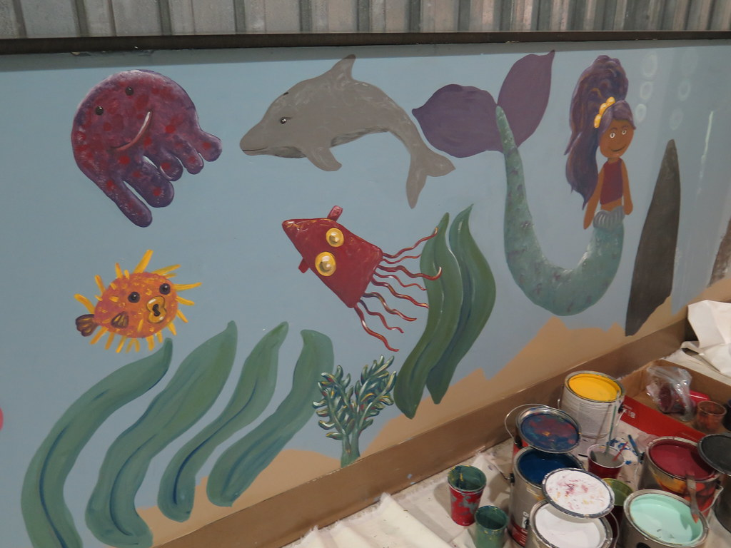 North charleston elementary mural project in progress for Elementary school mural