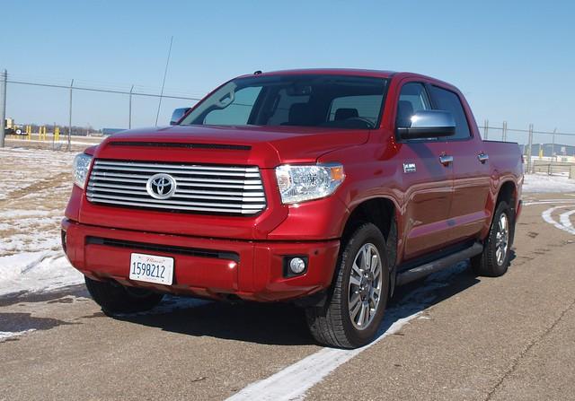 2015 Toyota Tundra Platinum 4X4 011