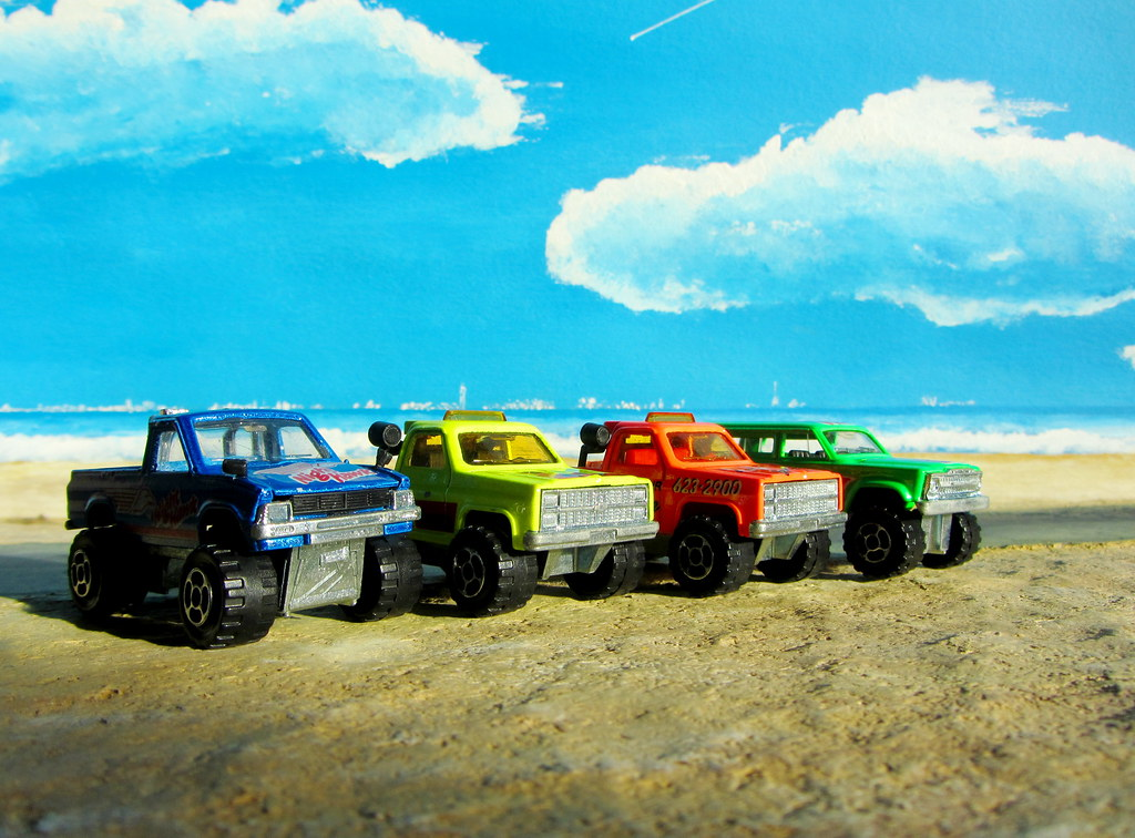 a selection of 1  64 scale off road 4x4 style die