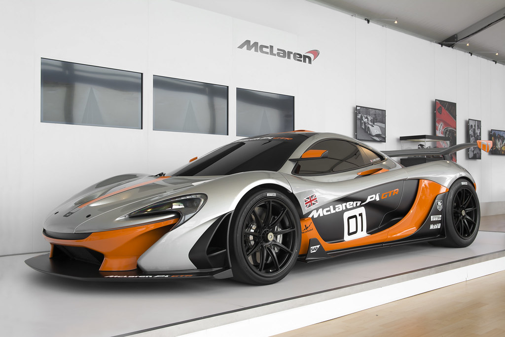 mclaren p1 gtr mclaren p1 gtr in pebble beach during. Black Bedroom Furniture Sets. Home Design Ideas