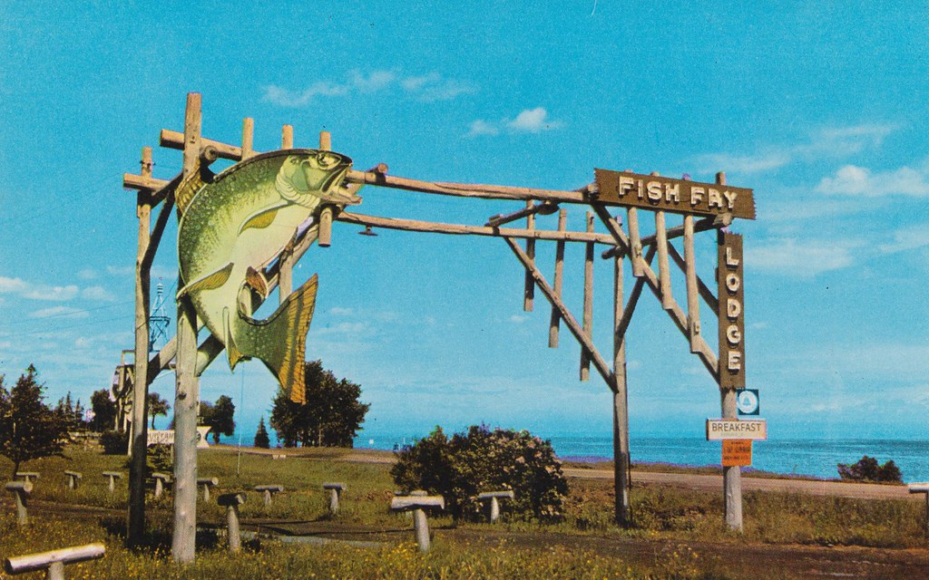 Fish fry lodge duluth minnesota the entrance to fish for Duluth mn fishing report