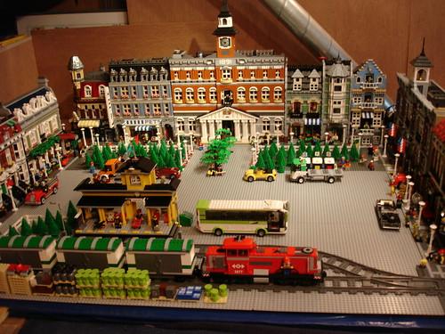 lego modular buildings 2014