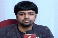 Madhan Karky is happy with the massive hits like selfie pulla | Successful Lyricists 2014