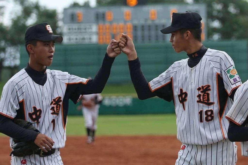 王尉永、林瑋滐(左起)(林瑋滐提供)