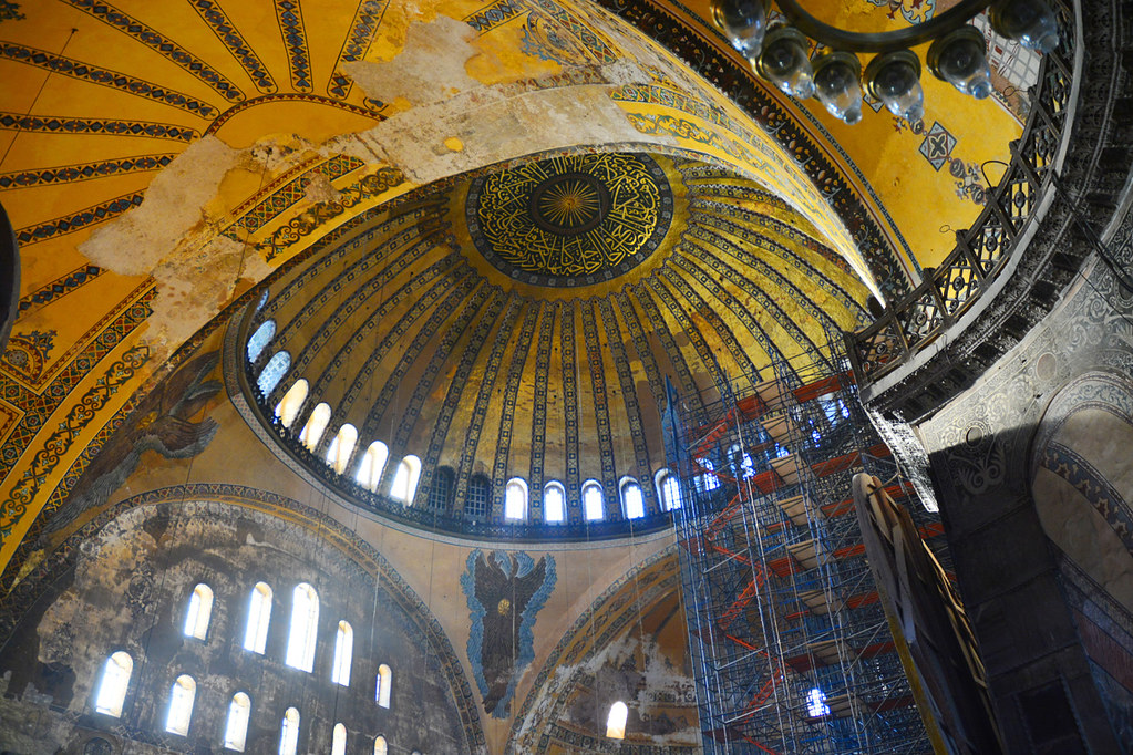 Hagia Sophia / dome interior | Main dome of Hagia Sophia ...