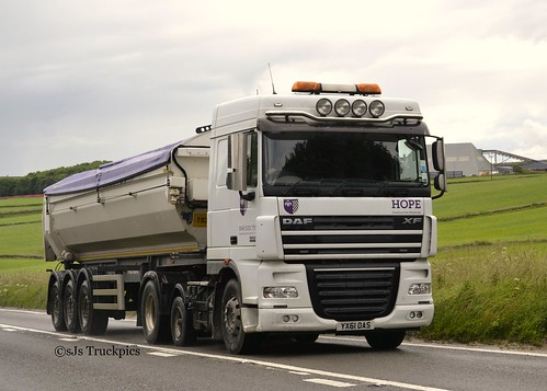 Daf xf hazelcroft garage ltd hope construction materials for Garage daf tours