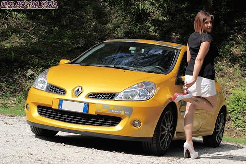 074 Hèlena Renault Clio RS