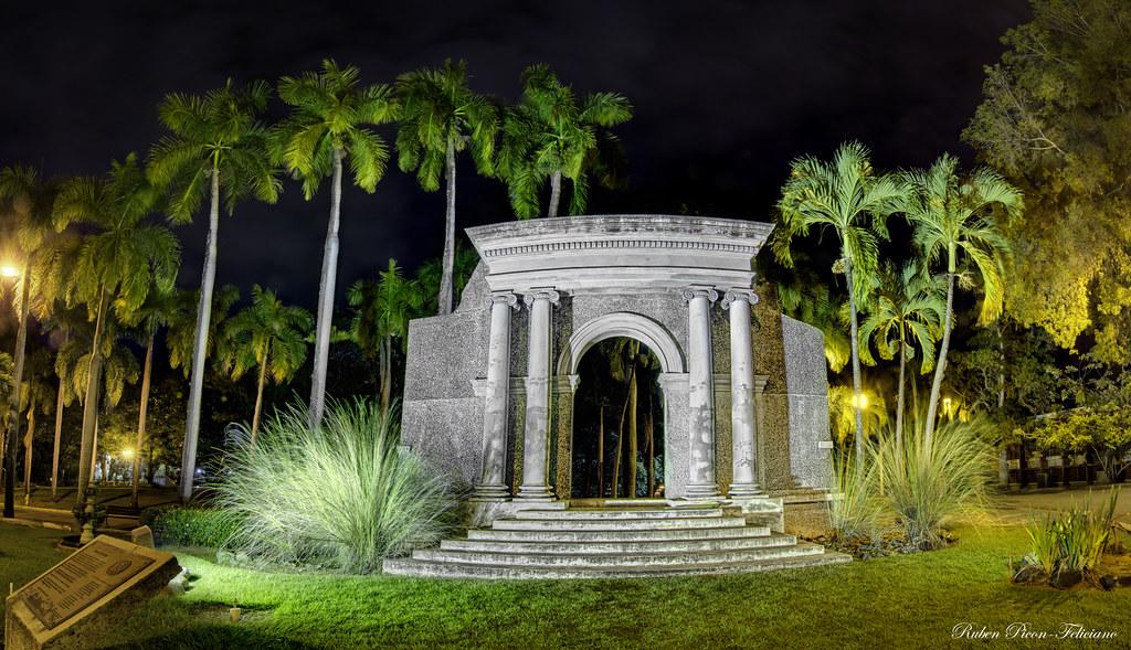 Universidad de Puerto Rico Mayaguez Portico Federico Degetau Universidad de Puerto Rico Recinto de Mayag ez