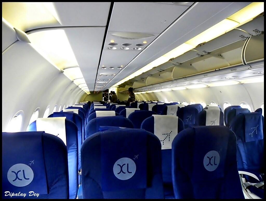 Interior of IndiGo Airbus A320-VT-IEB | Interior shot ...