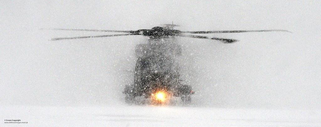 merlin mk3 helicopter in heavy snow in norway