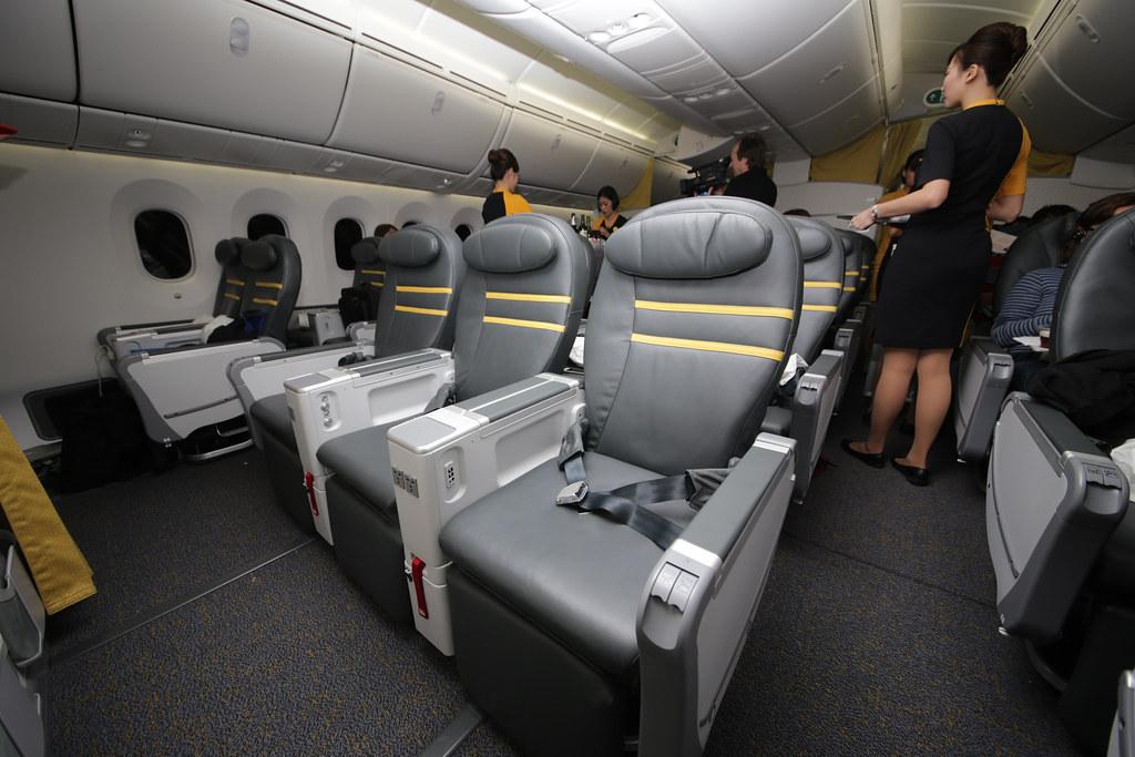 scoot dreamliner b787 9 maiden flight of scoot 39 s first. Black Bedroom Furniture Sets. Home Design Ideas